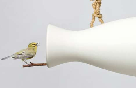 Chirp-Amplifying Perches