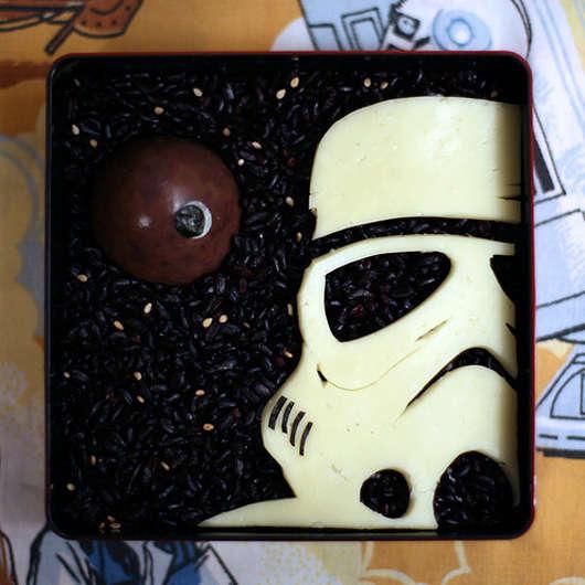 11 Nerdy Lunch Box Designs