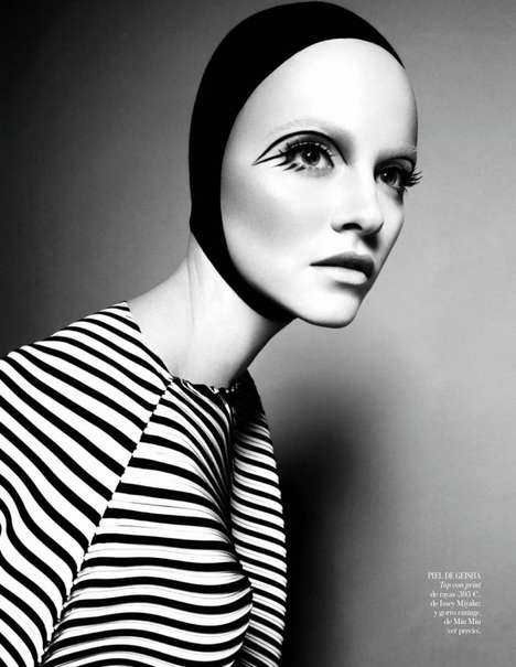 Forehead-Accentuated Editorials