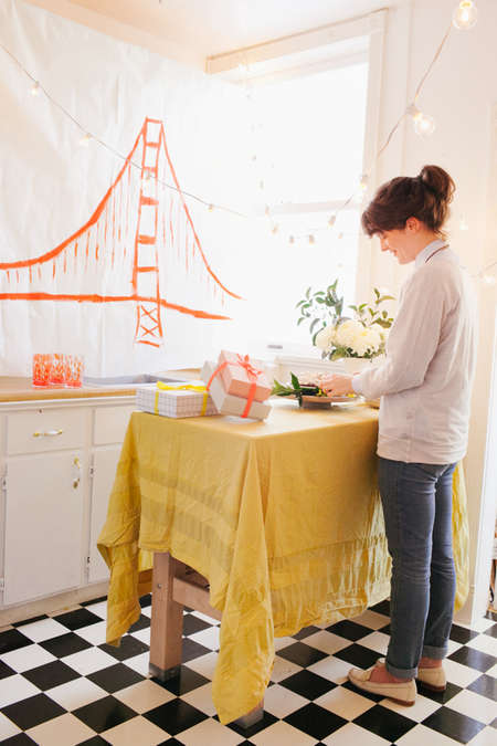Citycentric-Themed Parties - Jordan Ferney of Oh Happy Day Does a DIY City Themed Party