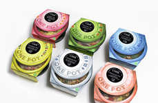 Colorful Ramekin Cartons - One Pot Packaging Resembles Bouillon Bowls for a Homemade Impression