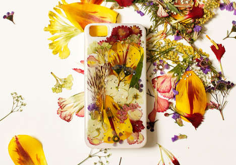 DIY Floral Smartphone Cases  - This DIY Smartphone Cover is Made From Pressed Wild Flowers