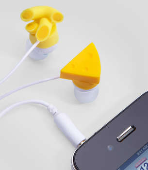 Food Lover Audio Accessories - These Mac & Cheese Earbuds From Fred Flare Share Tasty Sounds