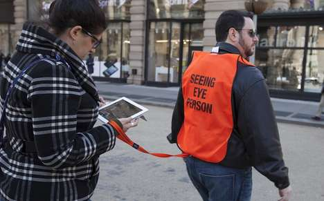 Text Addict City Guides - Prank Collective Improv Everywhere Provide NYC Texters with Seeing Eyes