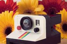 Imposter Building Block Cameras - Powerpig's LEGO Polaroid Land Camera 1000 Works like a Real
