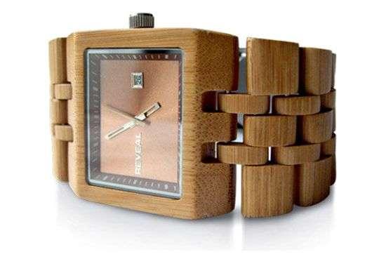 19 Wooden Timepieces