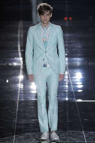 Male Florals and Shades of Blue - Gucci Spring Menswear