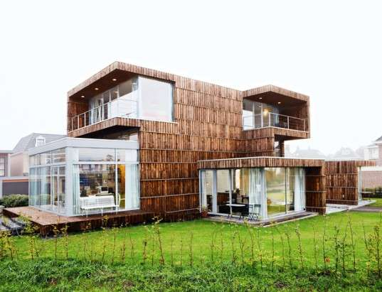 15 Amazingly Upcycled Structures