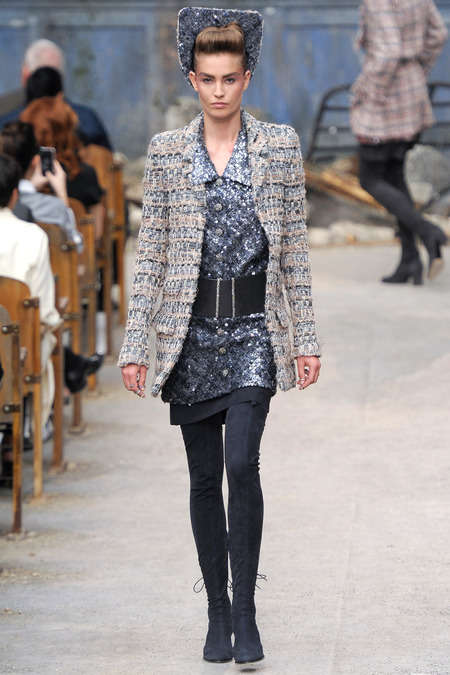 The Chanel Fall/Winter 2013 Couture Show is Stylishly Utilitarian