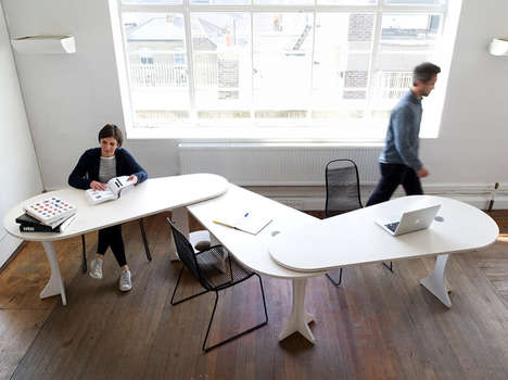 Pivoting Teamwork Desks - This Versatile Working Desk Can Bring Your Team Together