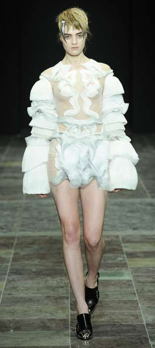 Devilshly Daring Fashion