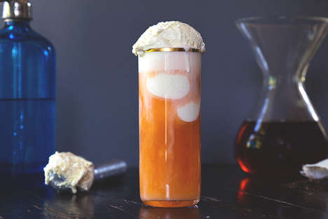 Creamy Ice Tea Floats - This Soda Ice Cream Float is Made Using Thai Ice Tea