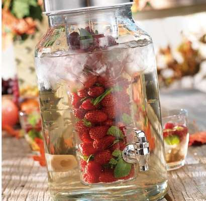 Fruit-Infused Dispensers - This Drink Dispenser Will Make Drinking Water Easier