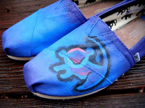 Lion-Themed Kicks