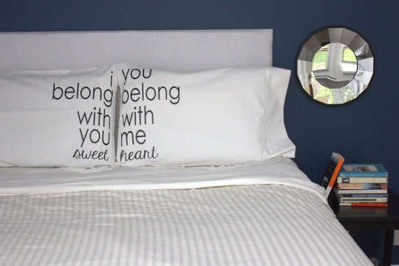 11 Cute Couple Pillowcases