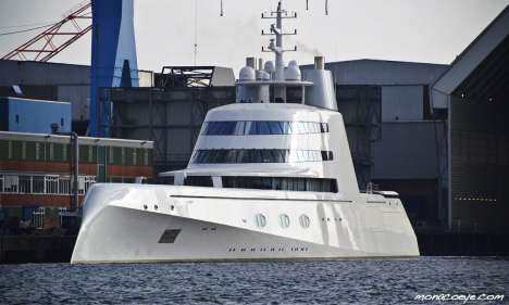 "Philippe Starck's ""A"" Destroyer"
