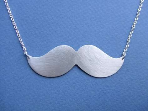 Top 10 Quirky Necklaces + The Moustache Necklace