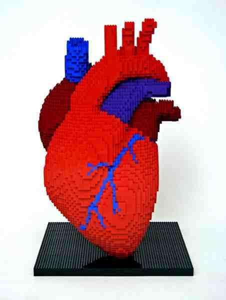 10 Amazing Lego Sculptures