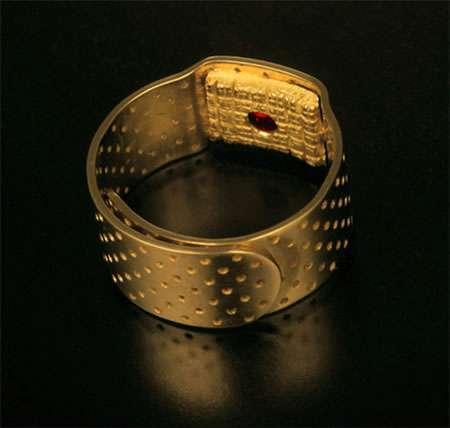 28 Really Random Rings