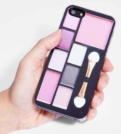 Eyeshadow-Adorned Smartphones