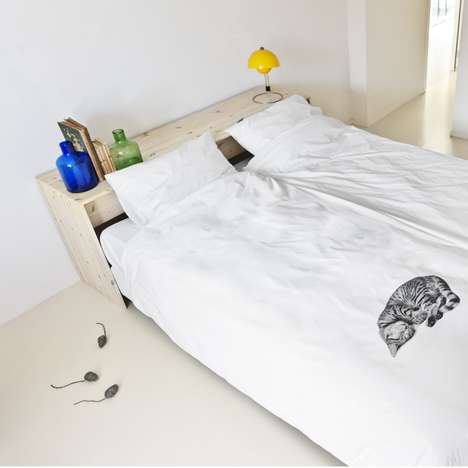 Sleeping Kitten-Printed Comforters
