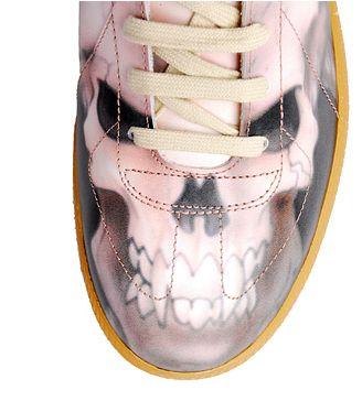 48 Spooky Shoe Designs