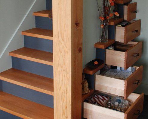 16 Multifunctional Staircases
