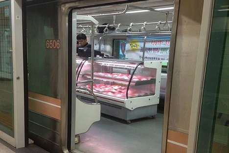 Subway Car Grocery Stores - This Subway Grocery Store Lets Commuters Shop While They Travel