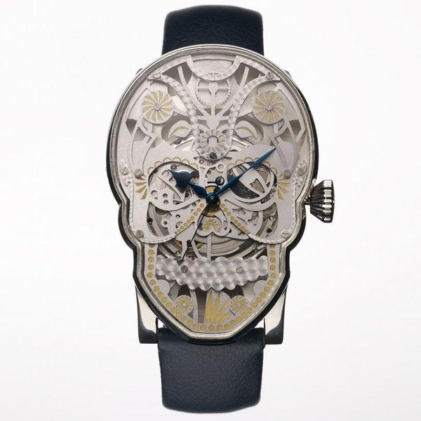 21 Spooky Timepieces