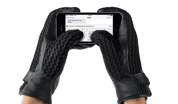 62 Tech-Friendly Gloves