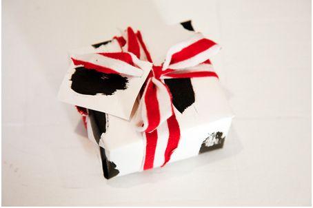 13 DIY Gift Wrap Ideas