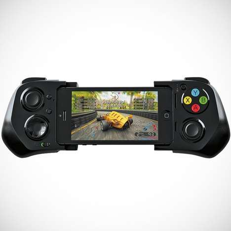 Gaming-Inspired Smartphone Controllers - The MOGA iOS Controller Makes Best Mobile Gaming Experience