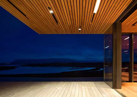 Glacial-View Icelandic Homes