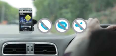 Distraction-Removing Driving Apps - Samsung's Eyes on the Road App Blocks Incoming Calls & Messages