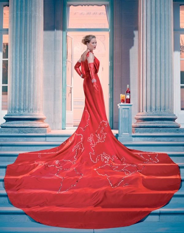 93 Greatly Glamorous Gowns