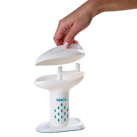 Ergonomic Infant Cuisine Makers - The Deluxe Food Mill Combines Fresh Food with Efficiency