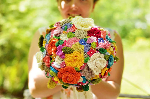 31 Fabulous Floral-Themed DIYs