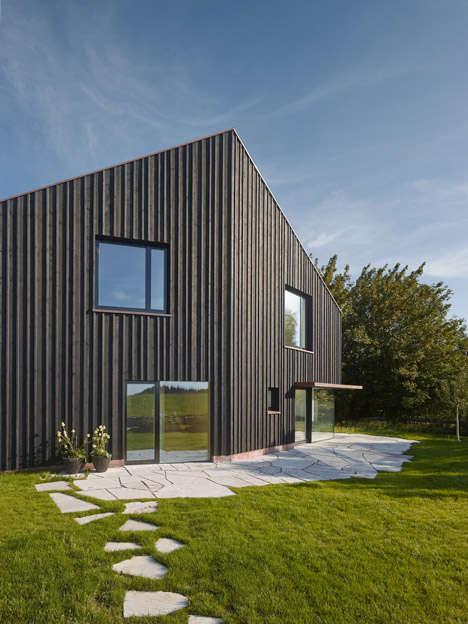 Irregularly Angular Homes