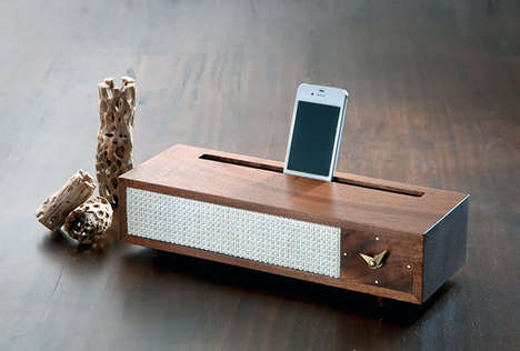 '60s-Inspired Smartphone Docks - The Vaughan Dock 2.0 by Tronk Design has a Retro Vibe