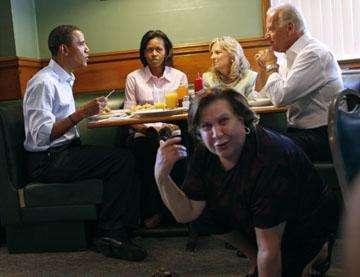 Photobombing Politicians