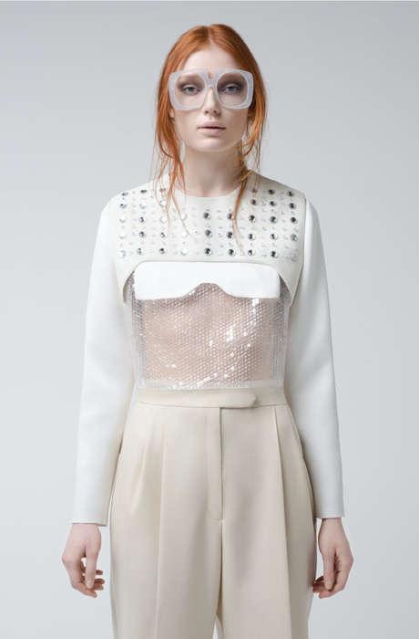 Feminine Minimalist Fashion