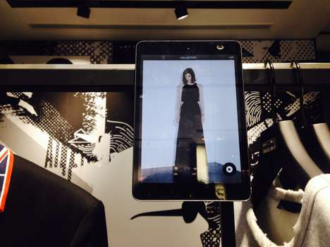 Selfie-Friendly Fitting Rooms