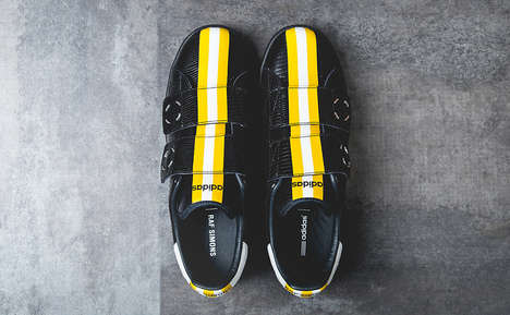 Strapping Iconic Kicks