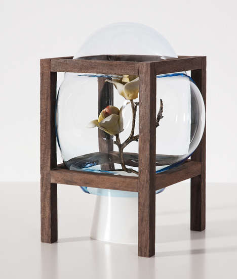 Glassblown Bubble Decor - The Round Square Project by Studio Thier-Vandaalen was Bubble Inspired