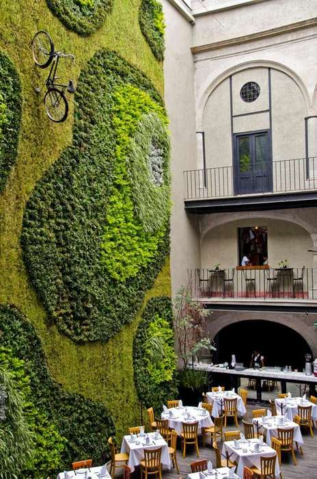 Juxtaposed Mexican Hotels - The Downtown Mexico Hotel Brings Colonial and Modern Style Together