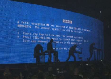 Nine Inch Nails Concert Features Blue Screen of Death