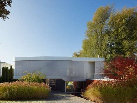 Glass-Focused Abodes