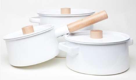 Timber-Integrated Saucepans