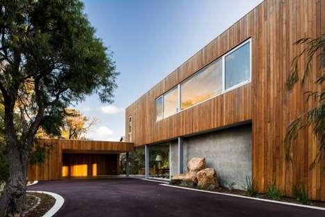 Juxtaposing Texture Architecture