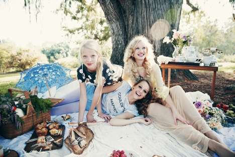 Dreamy Picnic Lookbooks